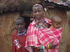 A Kenyan woman and children from Flikr